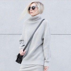 Aritzia Wilfred Montpellier 💯% Wool Sweater